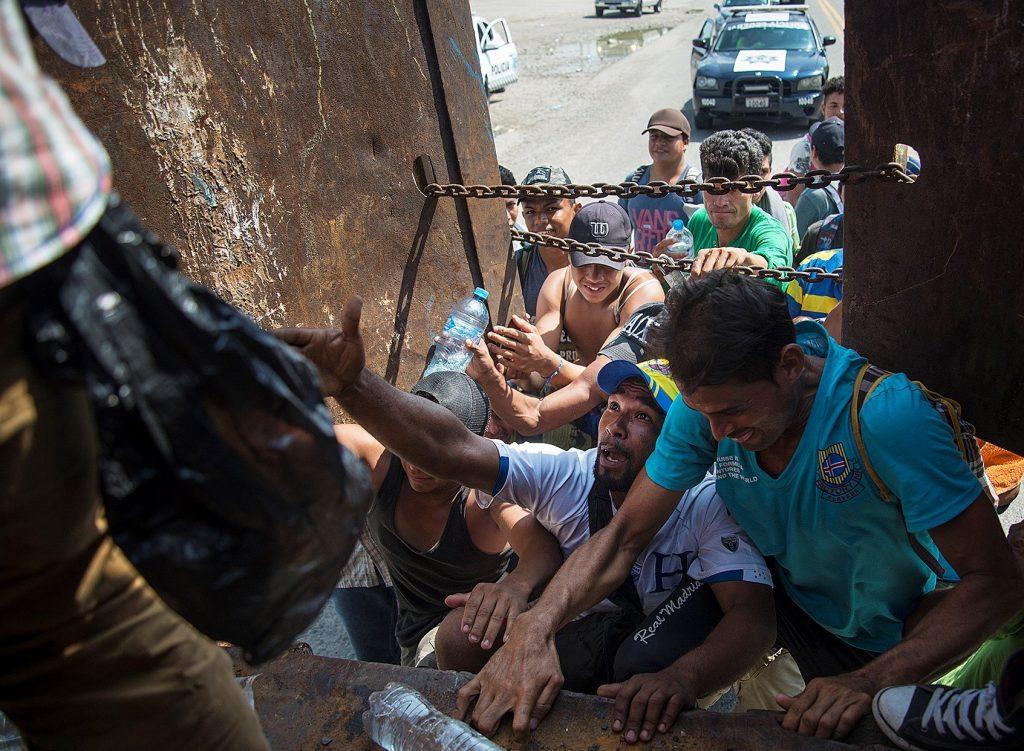 Denuncian presunta persecución de migrantes en Tabasco