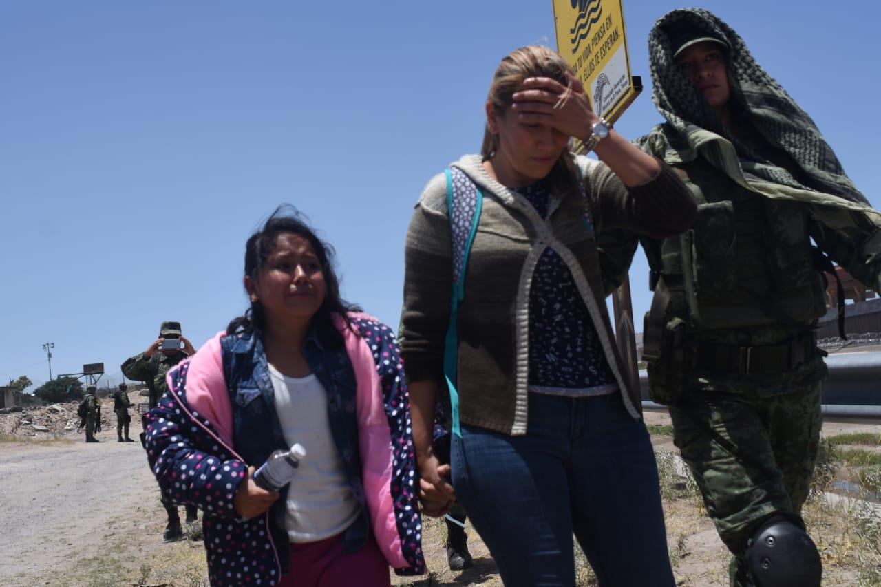 A las puertas de Estados Unidos, México persigue y detiene a migrantes (Chihuahua)