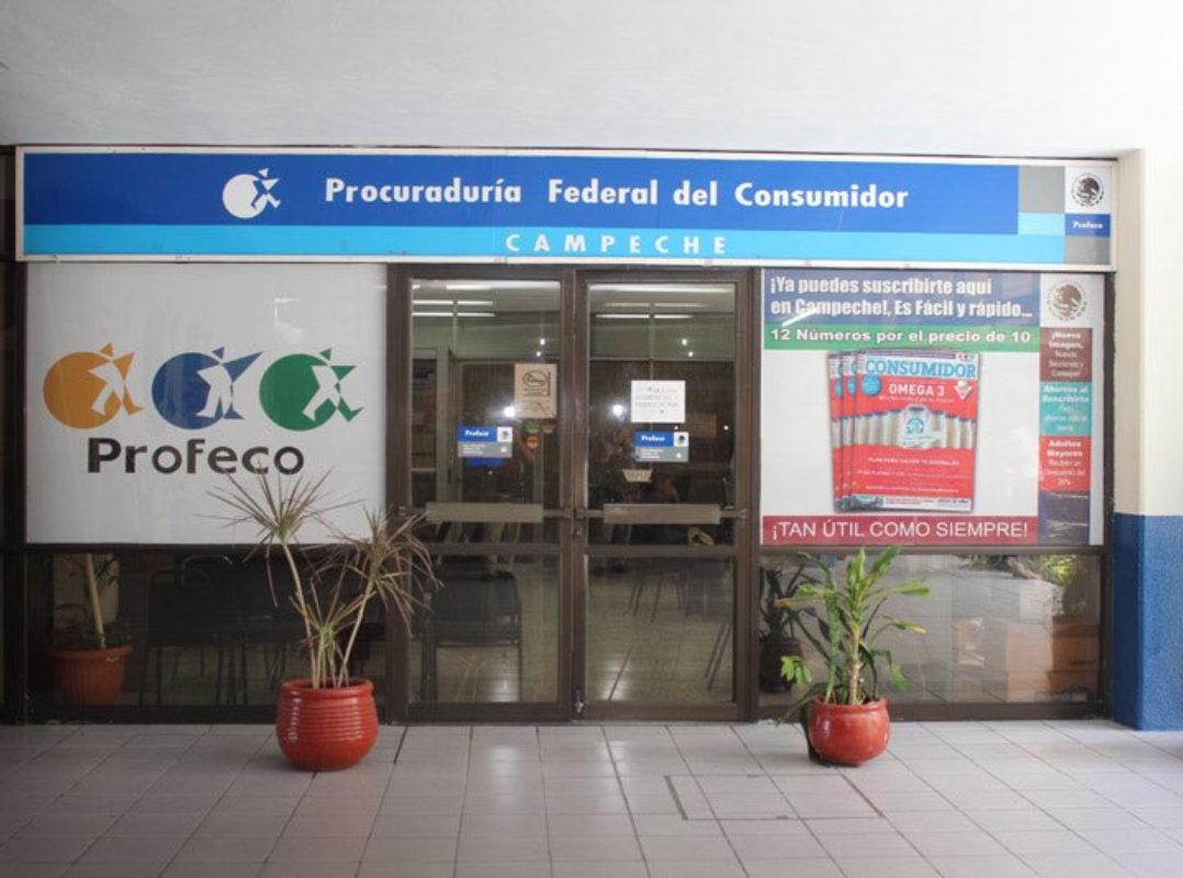 Empleados de Profeco en Campeche protestan por el cierre de oficinas