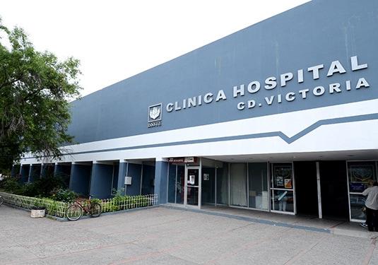 Protestan en clínica del ISSSTE de Victoria por despidos injustificados (Tamaulipas)