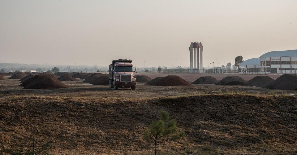 Extracción de agua y minería: preocupaciones ambientales de habitantes de Santa Lucía por aeropuerto (Estado de México)