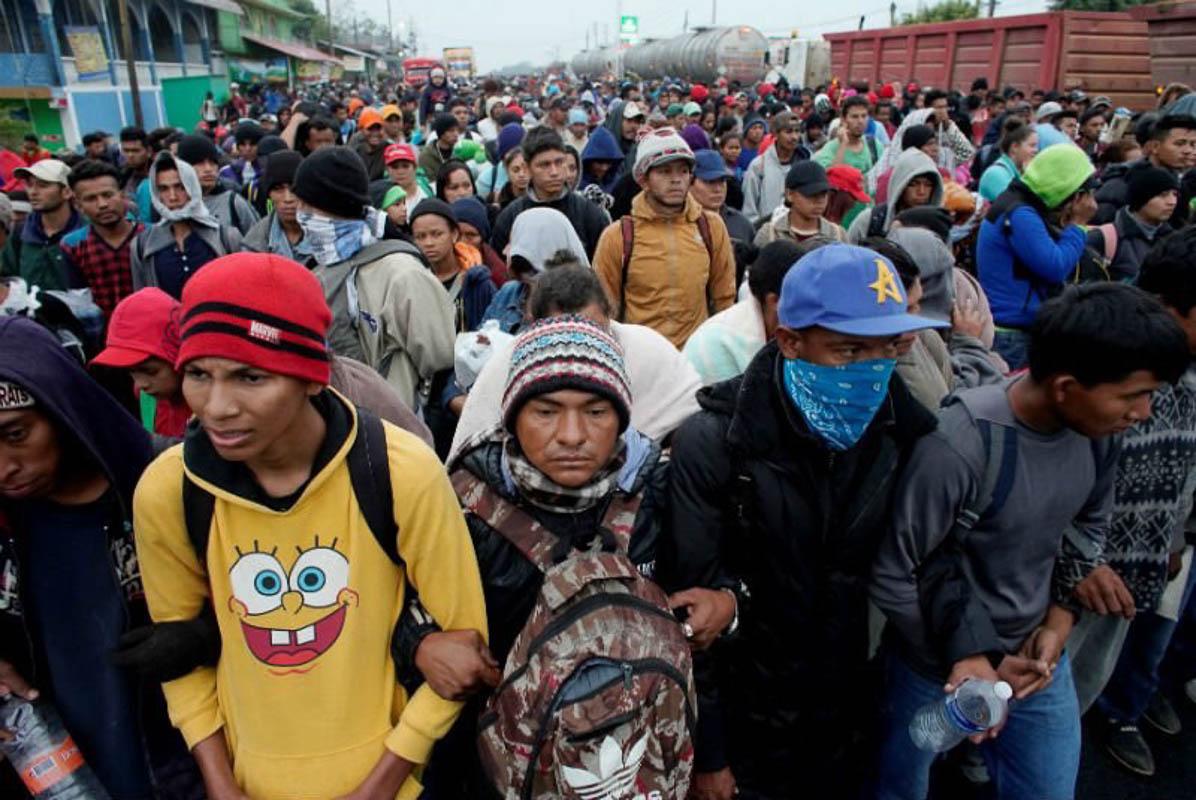 México cede: aranceles por migrantes
