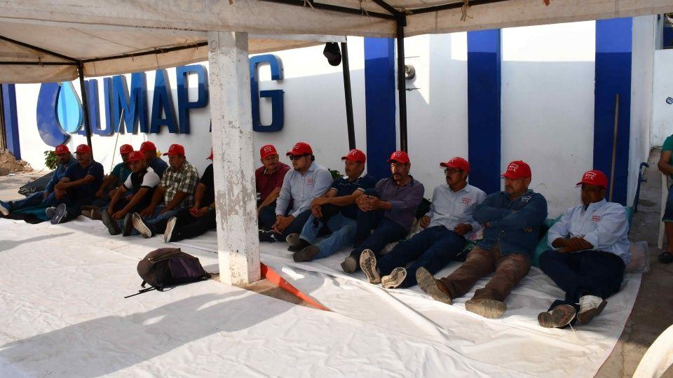 Jubilados de Jumapag inician huelga de hambre (Sinaloa)