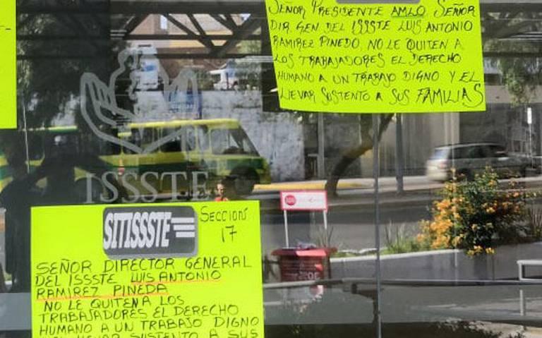Protestan en Zacatecas por despidos en el ISSSTE
