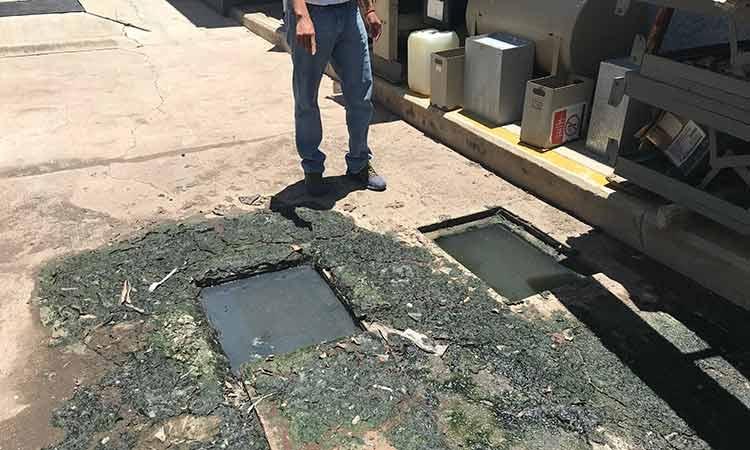 Paran labores trabajadores del hospital del Issste en Tlapa; exigen reparar el inmueble (Guerrero)