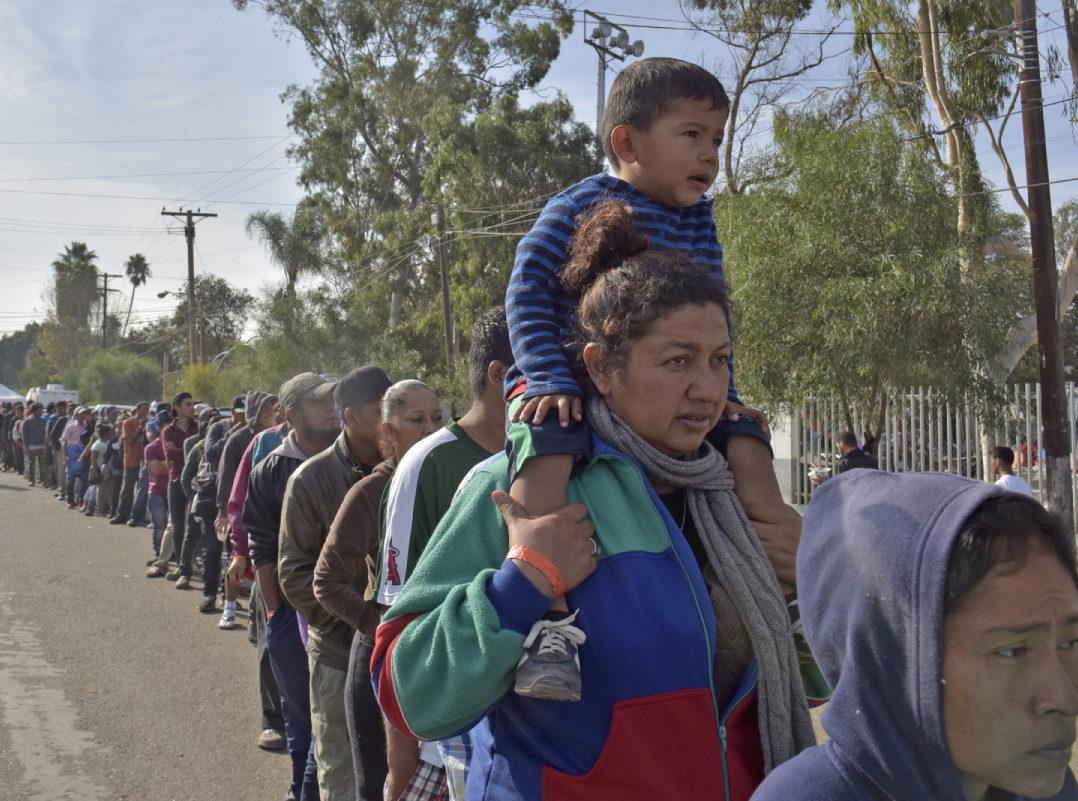 Amnistía Internacional acusa a México y EU de intimidar a defensores de migrantes