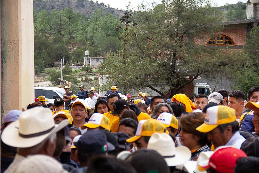 Acarreo e irregularidades durante reunión pública de Proyecto Minero Ixtaca (Puebla)