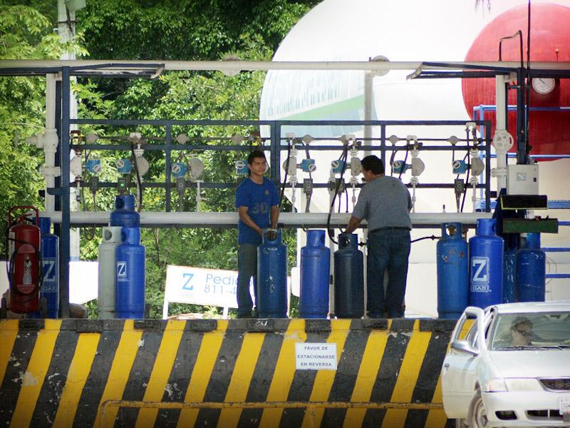 Trabajadores de gasera denuncian acoso laboral (Campeche)