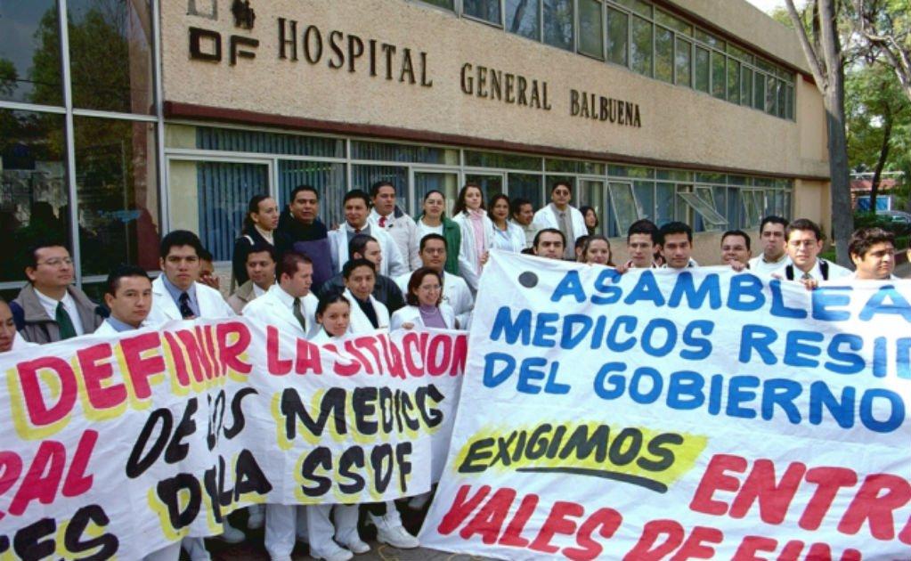 Pasantes de medicinas no desisten, harán paro nacional y marcha