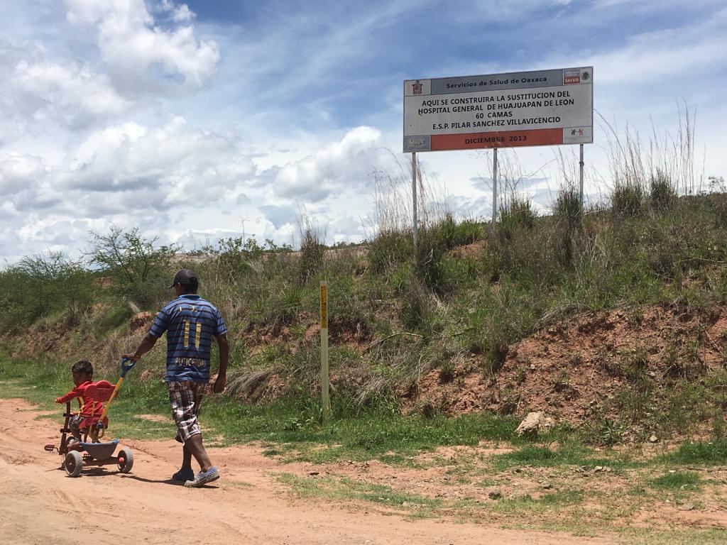 Los hospitales fantasmas de Peña y Cué que solapan AMLO y Murat. Primera parte (Oaxaca)