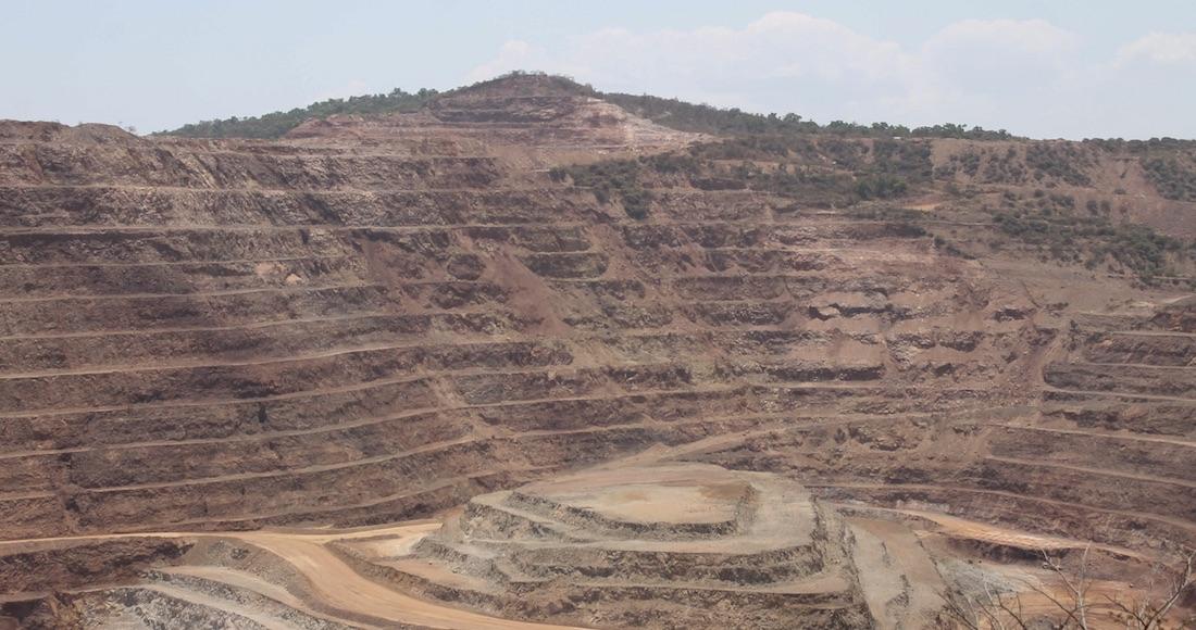 La minería no deja desarrollo ni trabajo para los pueblos, es un gran mito, dice estudio de Fundar