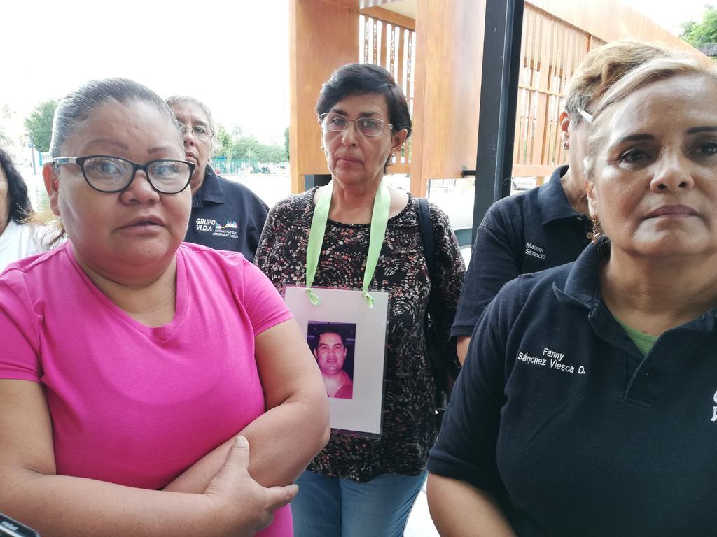 Grupo Vida denuncia retrasos en entrega de resultados de exhumaciones (Coahuila)