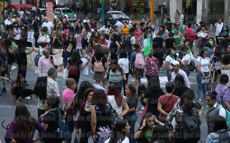 Con marcha, mujeres demandan aborto legal y seguro (Veracruz)