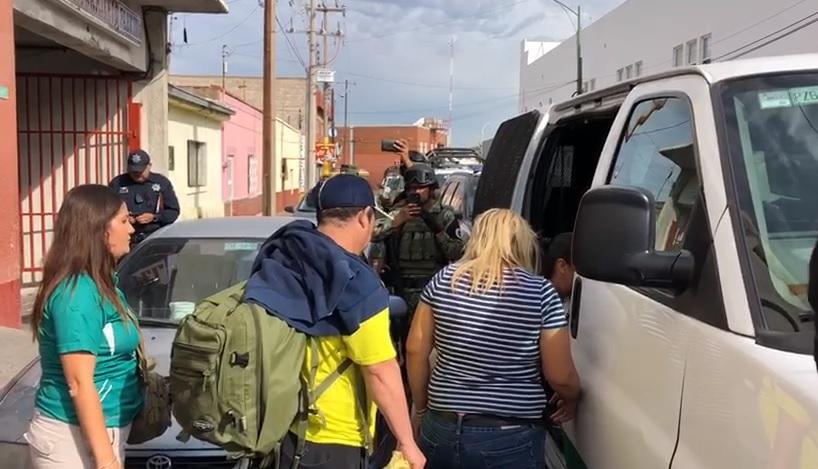 Denuncian discriminación por «cacería» contra migrantes en los hoteles del centro (Chihuahua)