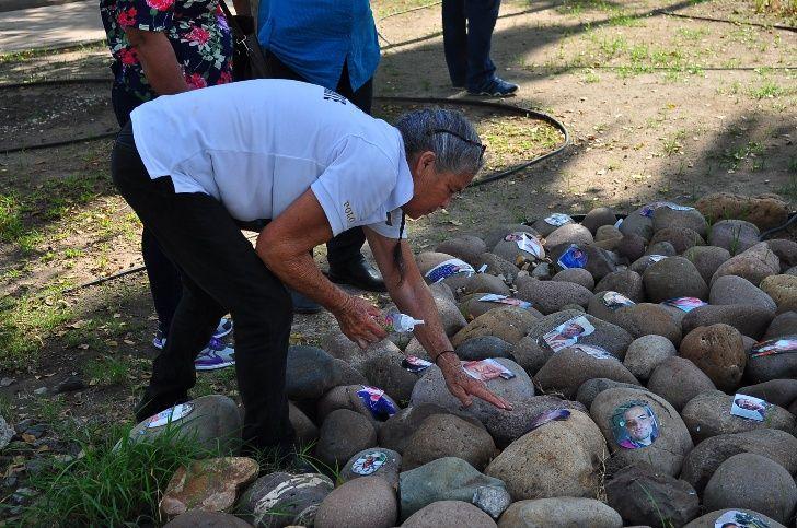 Rastreadoras recuerdan con memorial a sus hijos desaparecidos (Sinaloa)
