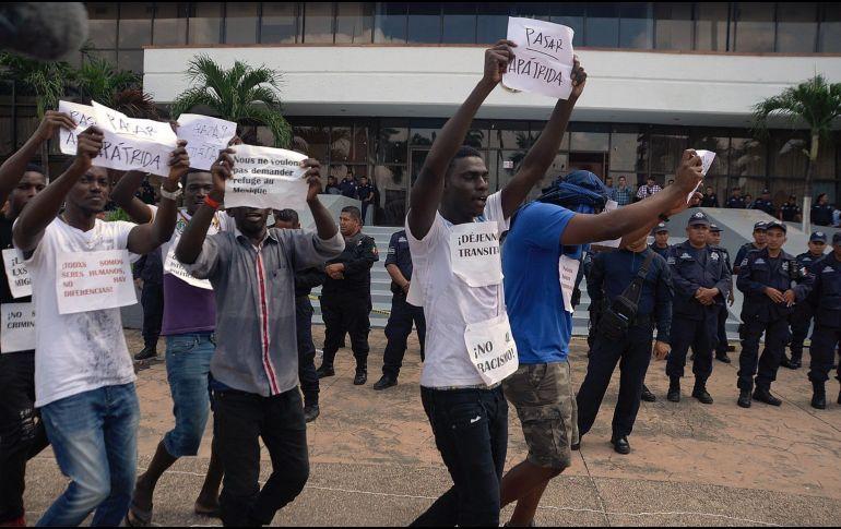 Migrantes africanos marchan para exigir libre tránsito