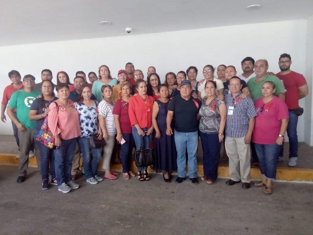 Inician trabajadores huelga de 'brazos caídos' en hospitales de Tamaulipas