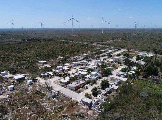 Parques eólicos y solares, un riesgo regional (Yucatán)