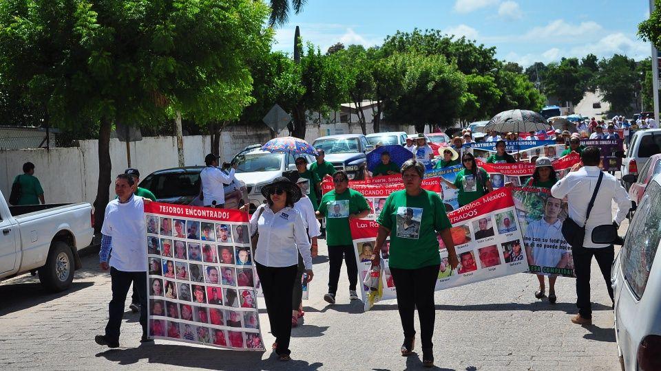 Rastreadoras han desenterrado 178 cadáveres (Sinaloa)