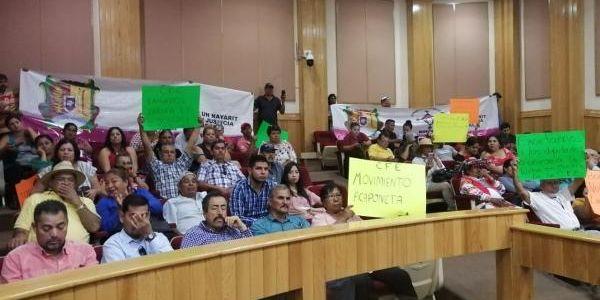 Municipios de Nayarit se manifiestan por altos cobros en la CFE