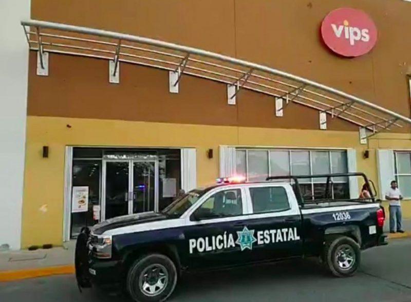 Denuncian 'retención' ilegal de trabajadores del VIPS en Chetumal por conflicto generado por repartición de propinas