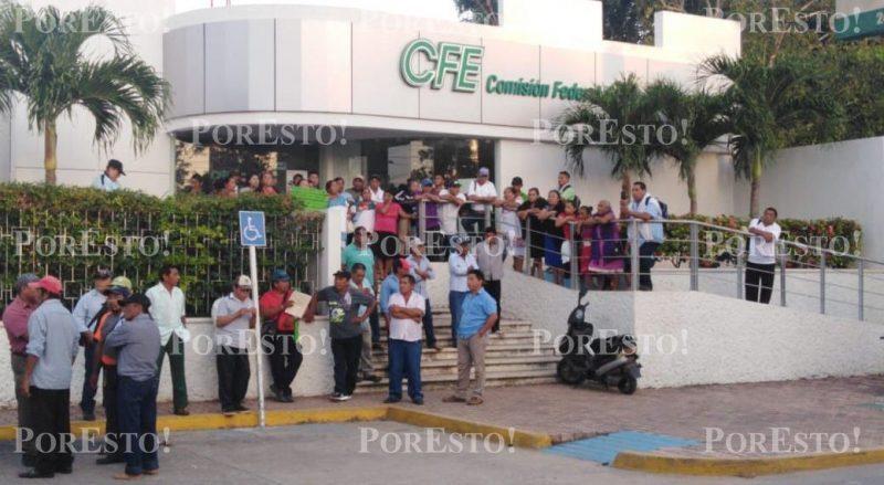 Ejidatarios de Popolnah toman oficinas de la CFE (Yucatán)