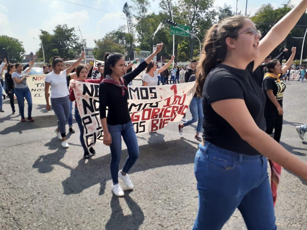 Exigen becas alimenticias para las estudiantes de la Normal de Atequiza; solo se da apoyo a los varones (Jalisco)