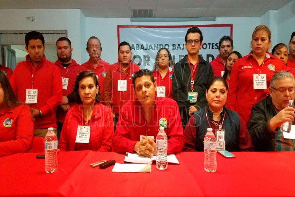 También en Nuevo Laredo trabajan bajo protesta en el IMSS