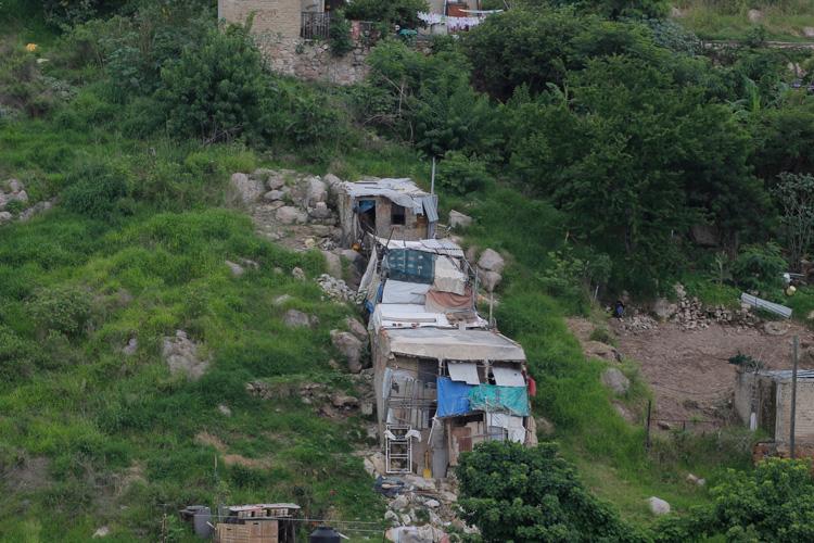 La mitad de los colimenses carecen de prestaciones laborales (Colima)