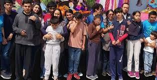 Con granaderos, buscan en Naucalpan desalojar fundación de niños con parálisis (Estado de México)