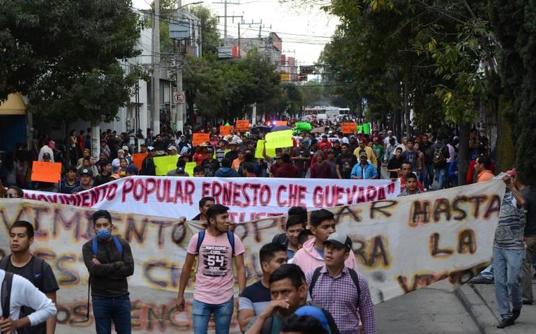 Normalistas de Tenería temen ser aprendidos (Estado de México)