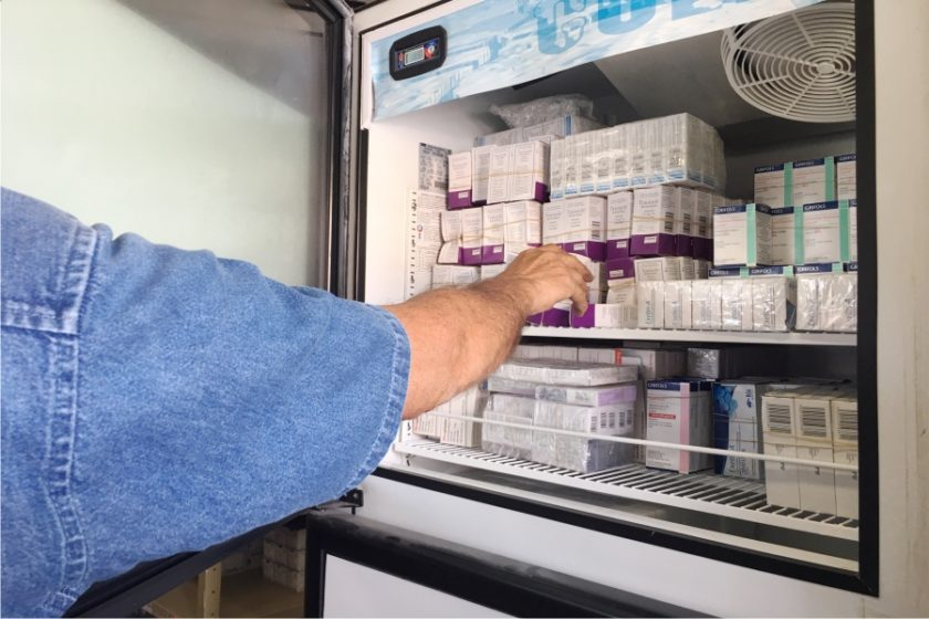 Denuncian sindicalizados del ayuntamiento desabasto de medicinas en el IMSS (Colima)