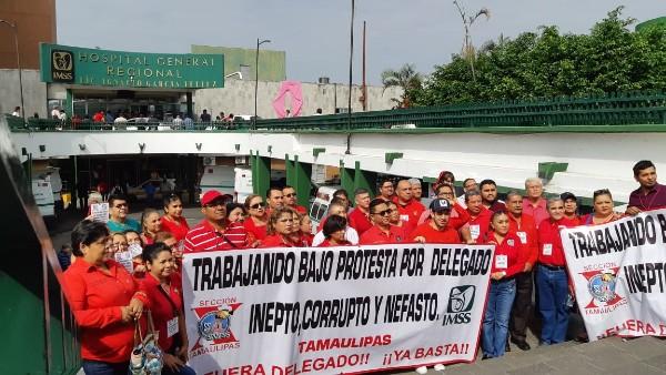 Protestan contra delegado del IMSS en Tamaulipas