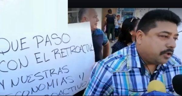 Protestan trabajadores de salud de Yucatán por falta de pago; piden renuncia de su líder sindical