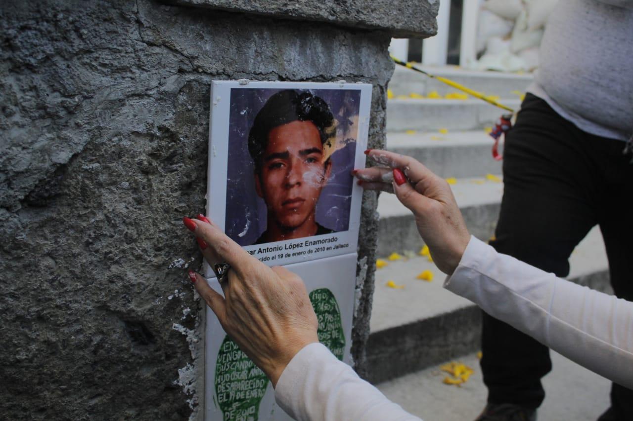 Recuerdan a Fiscalía desaparición de Óscar (Jalisco)