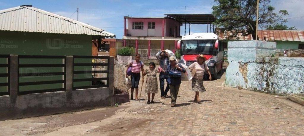 Desplazados desmienten a autoridades: 'Persiste violencia en sierra del sur de Sinaloa'