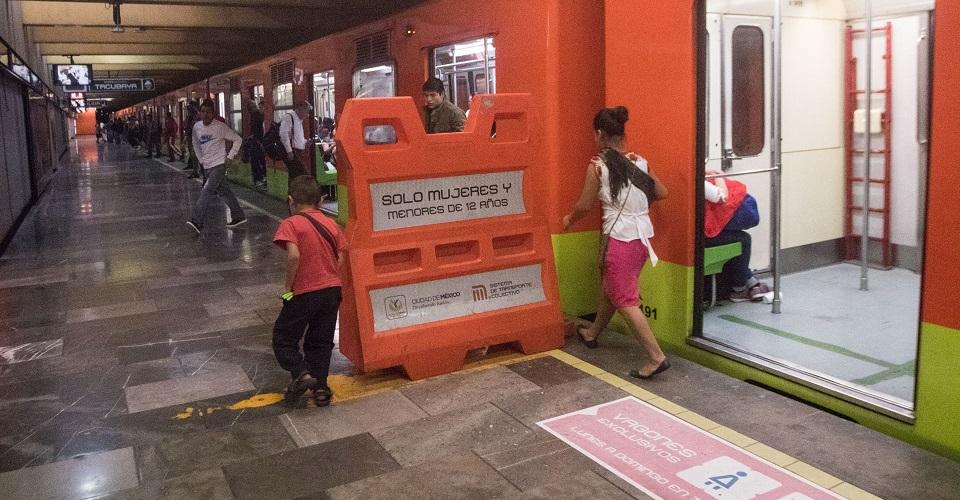 Niños trabajadores en el Metro y Central de Abasto enfrentan rezago educativo, discriminación y violencia