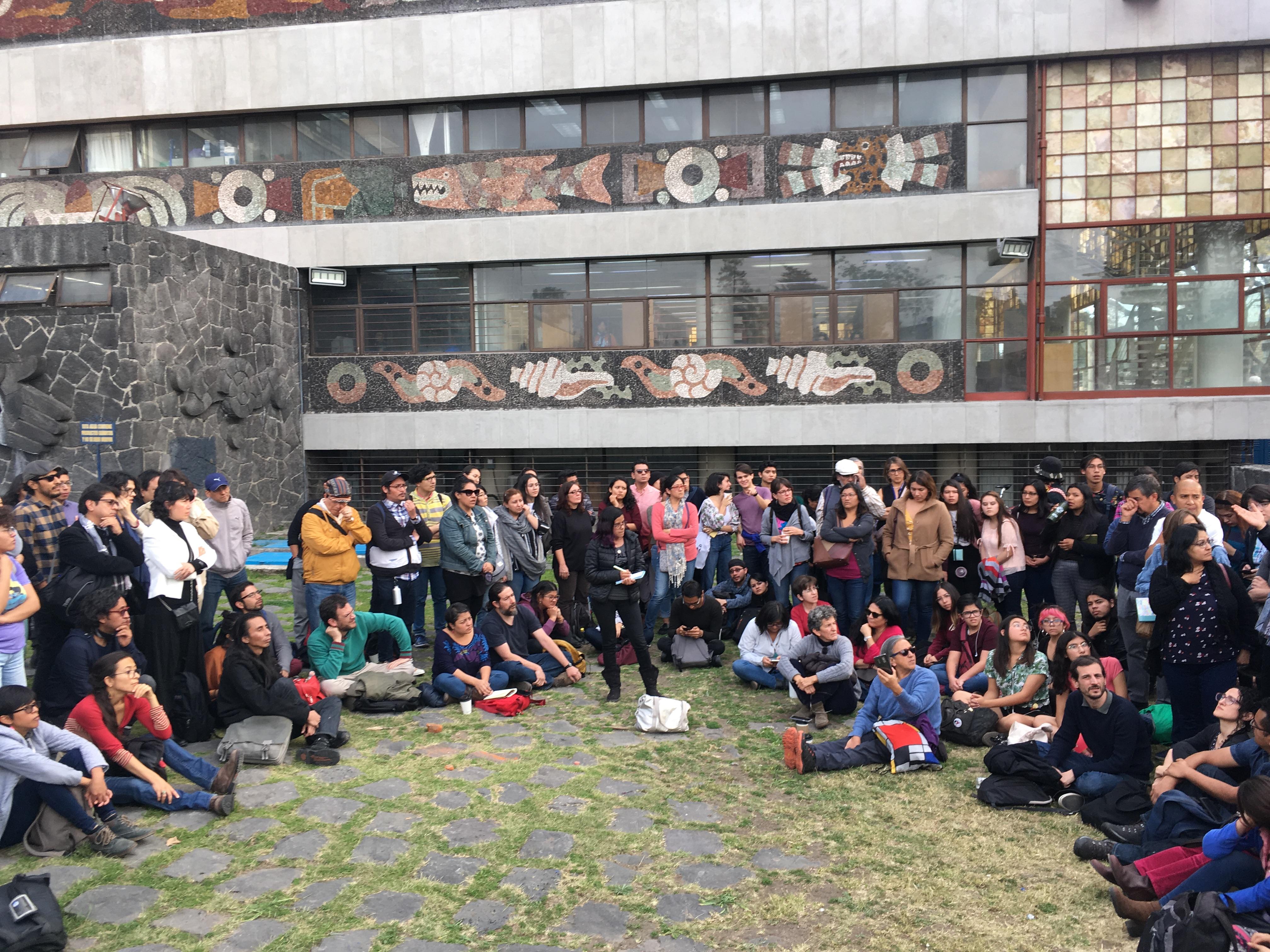 Profesores de FFyL rechazan evaluar como medida de presión contra paristas (Ciudad de México)
