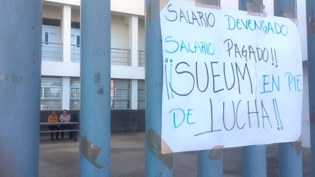 Mil trabajadores del SUEUM presentarán demandas contra rector  (Michoacán)