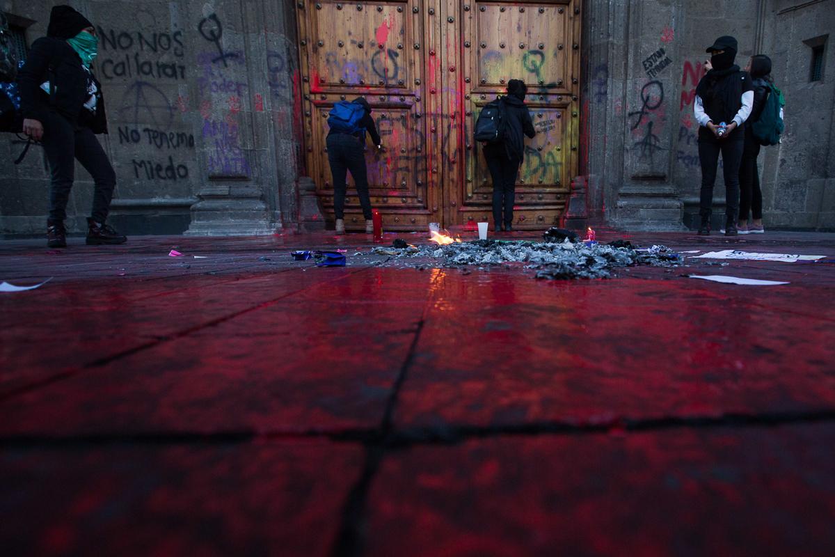 ¡No más feminicidios!, claman en protesta por Ingrid Escamilla (Ciudad de México)