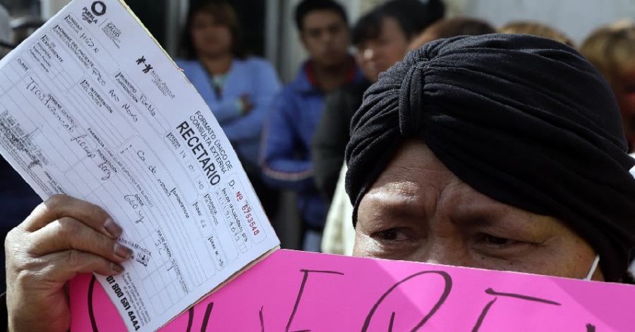 Pacientes con cáncer de mama se manifiestan en el Hospital del Norte de Puebla para denunciar falta de medicamentos