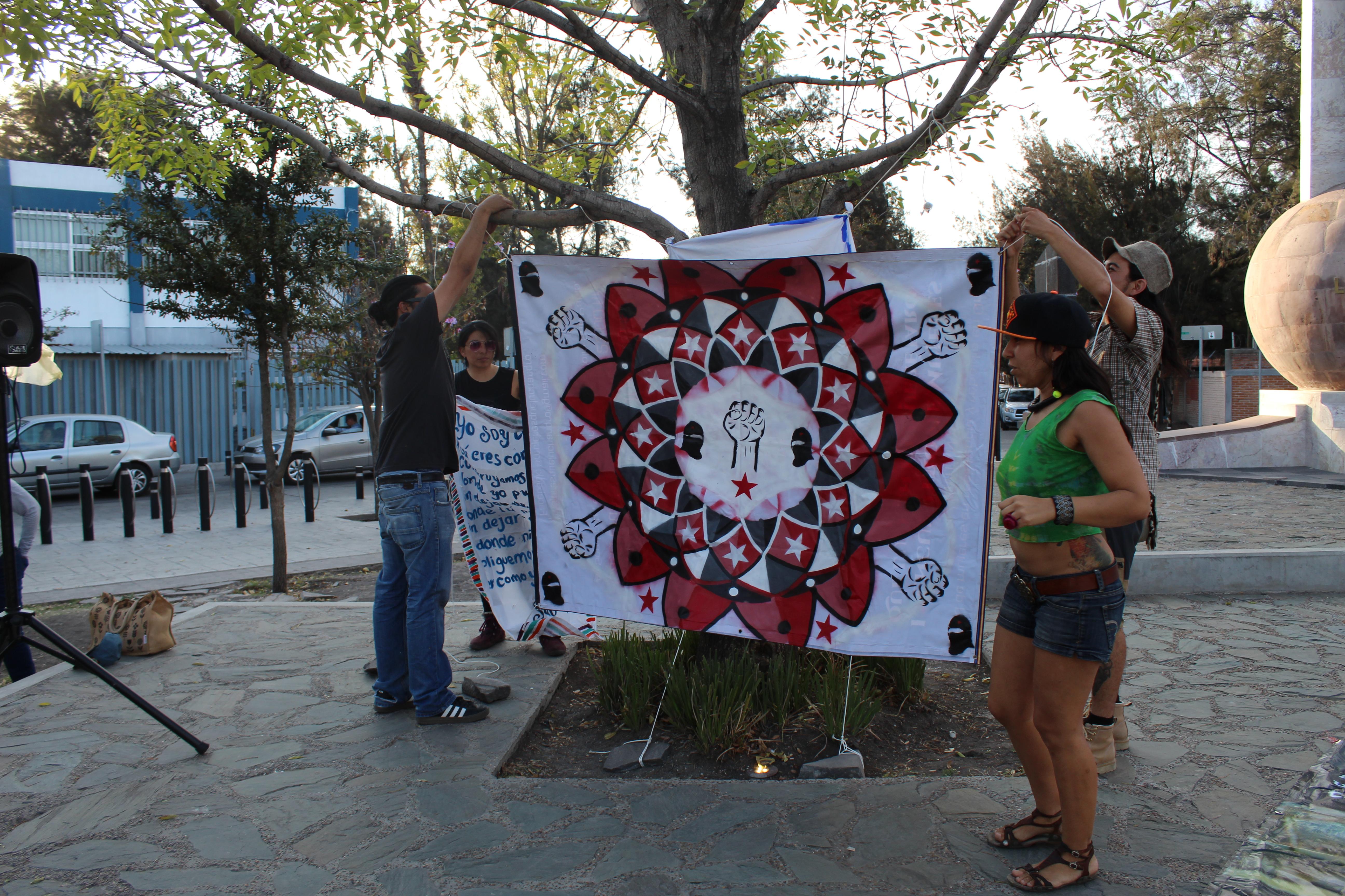 """Galería de fotos de acción dislocada en Querétaro. Jornadas """"Samir Somos Todas y Todos"""""""