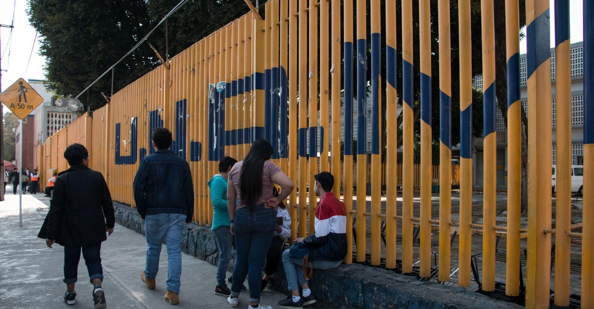 Estudiantes entregan Prepa 7 luego de dos meses de paro (Ciudad de México)