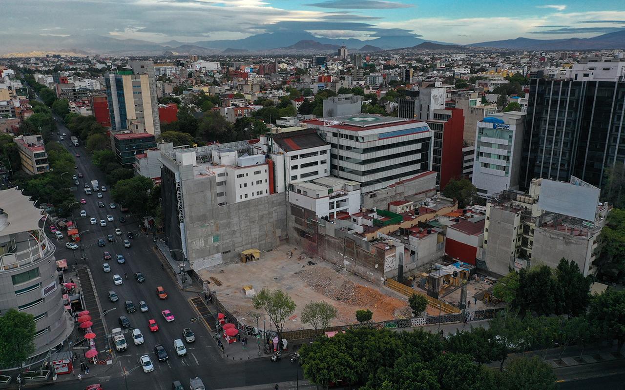 Nuevas construcciones inmobiliarias burlan control de agua en CDMX