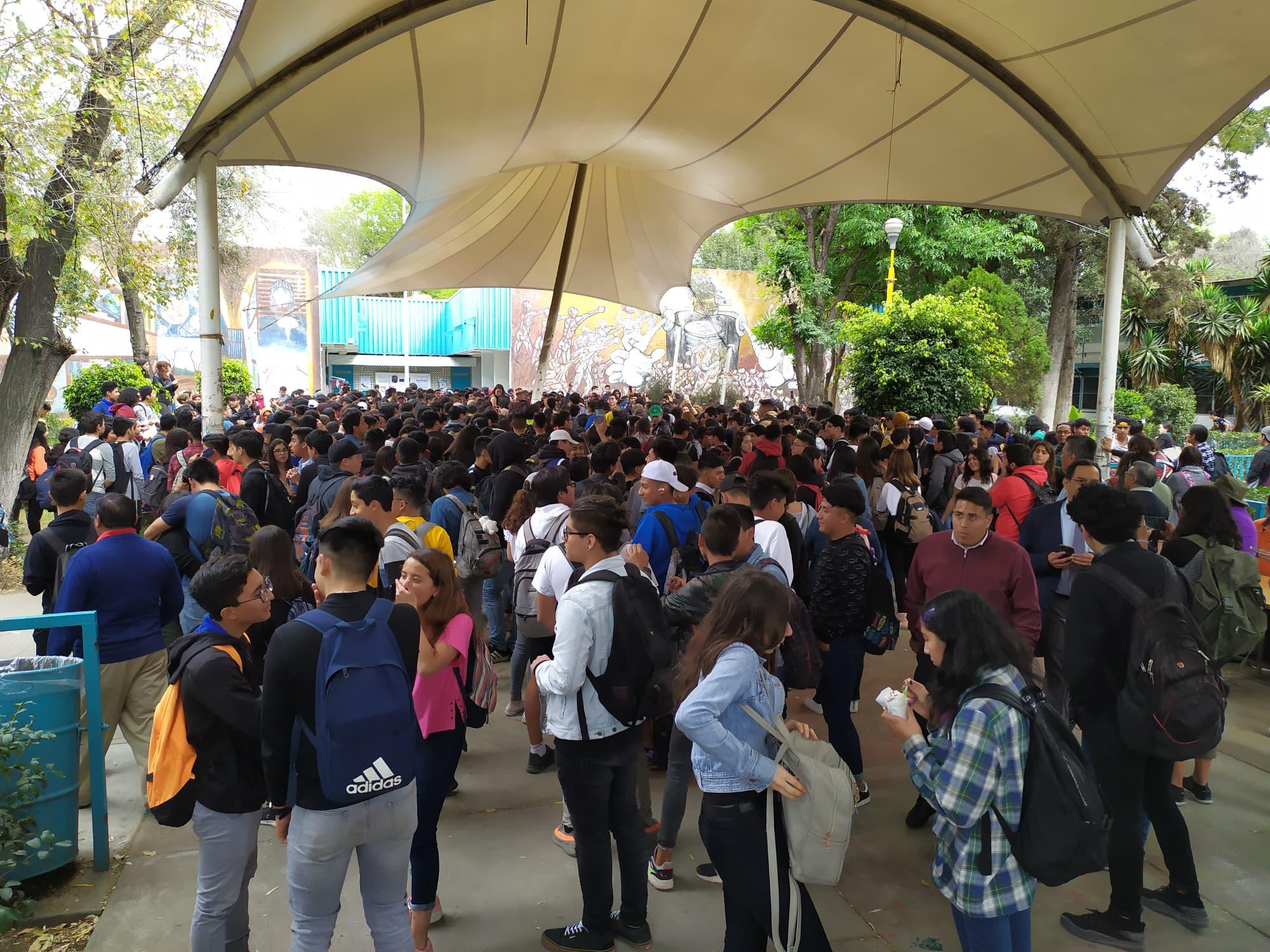 Paros en Arquitectura y CCH Vallejo (Ciudad de México)