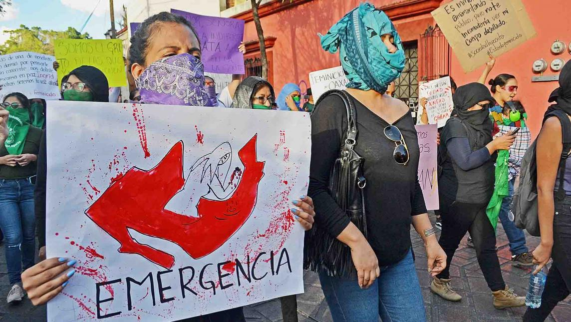 Urgen parar feminicidios durante marcha (Oaxaca)