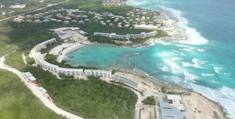 Intensifican destrucción de playas en Xcacel: Grupo Posadas usa zona de anidación como carretera para arrasar con duna costera y construir complejo hotelero