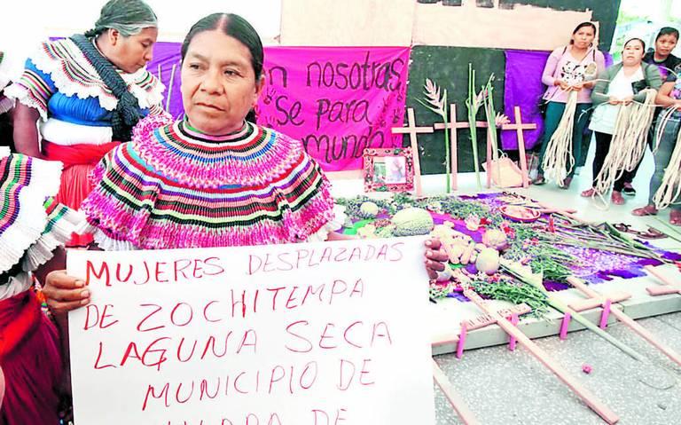Sin ayuda, 20 familias desplazadas de Guerrero