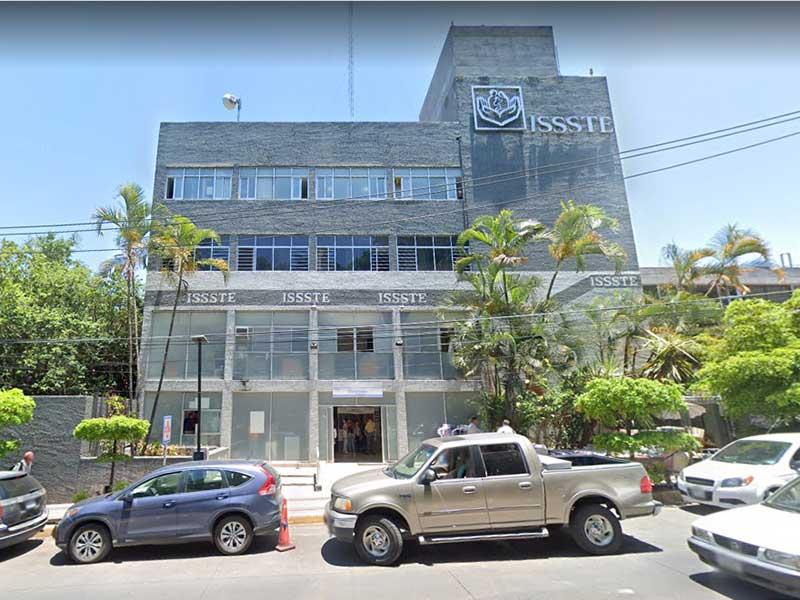 Derechohabientes del ISSSTE ven en riesgo su vida por la falta de médicos e insumos (Nayarit)