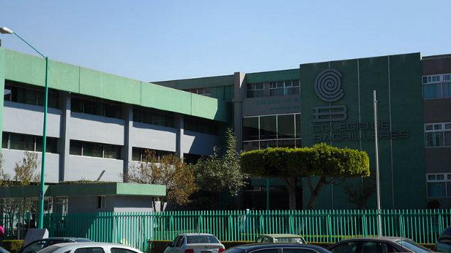"""Por """"organizar"""" tendedero de denuncias, profesora será sancionada por director de Bachilleres 4 (Ciudad de México)"""